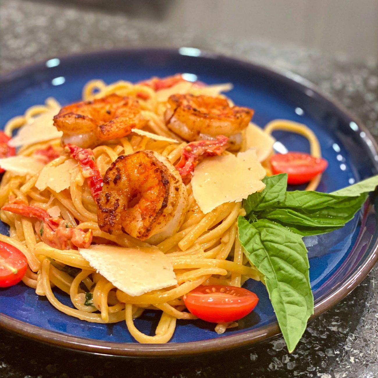 Pasta with Shrimp in Creamy Tomato Sauce
